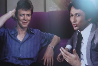 """David Bowie et Michel Drucker dans l'emission """"le rendez vous du Dimanche"""" en 1978"""