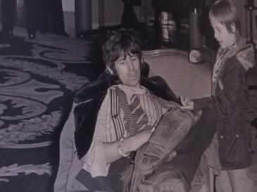 Keith Richards avec son fils au George V en 1978